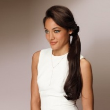 Revlon - Wrap n Wear Wavy Ponytail